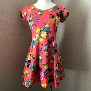 NEW Multicolored Floral Keyhole Racerback Dress